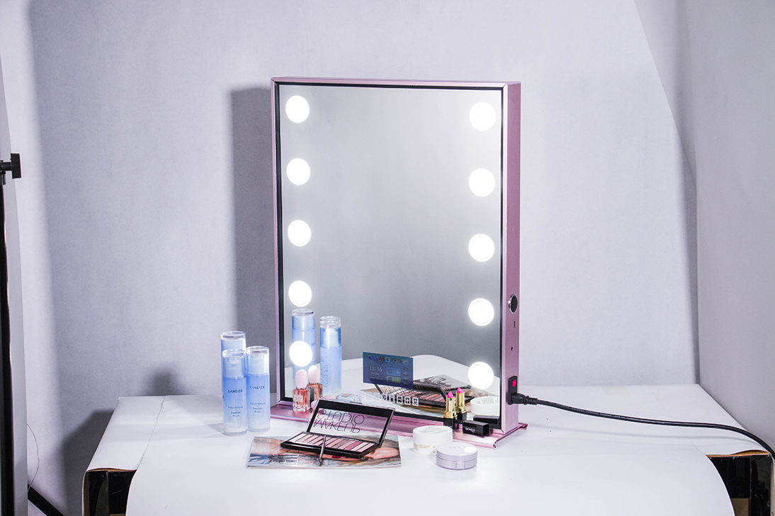 Koncai Unique Rose Gold Aluminium Mirror Makeup Mirror with lights Hollywood Mirror