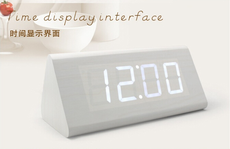 China Cheap LED Large Outdoor Digital Clock Without Battery