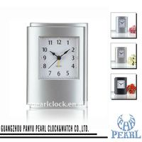Pearl Quiet Sweep Desk Alarm Clock PT026