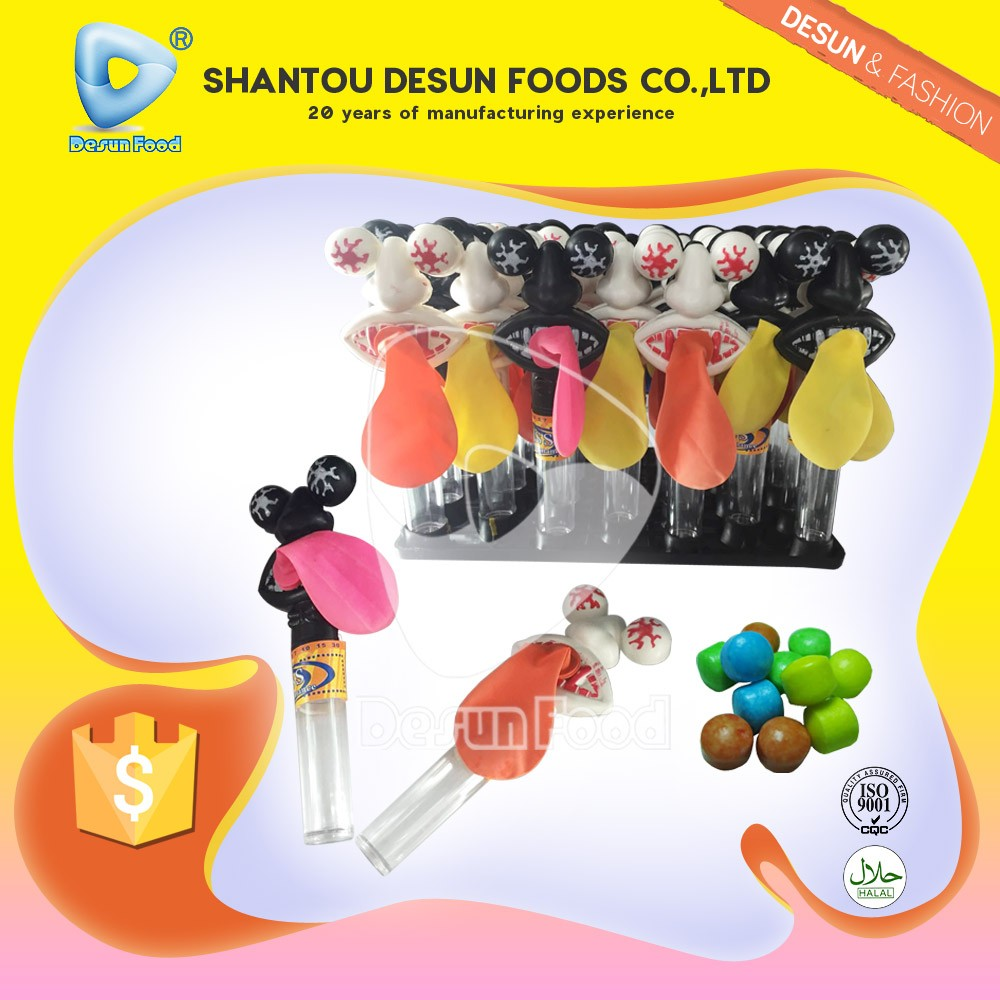 Low moq cartoon whistle toy candy factory