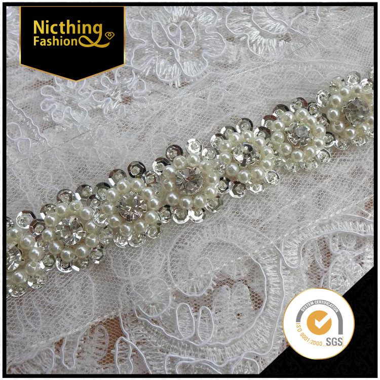 2015 Fashion China wholesale fashion jewelry design crystal sequin flower beaded lace trim