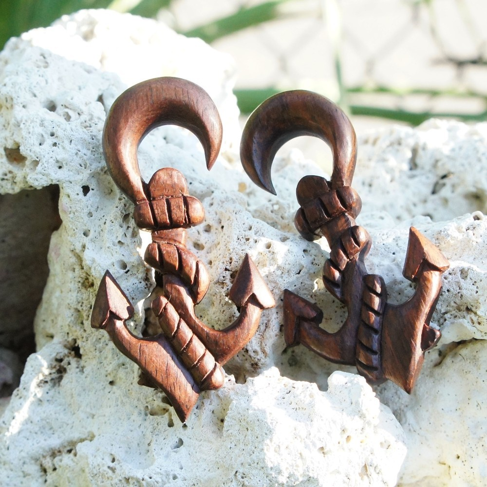 Sono Wood Anchor with Chain Wrapping Hangers