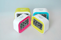 2016 new product wake up battery led cube alarm clock with Backlight function