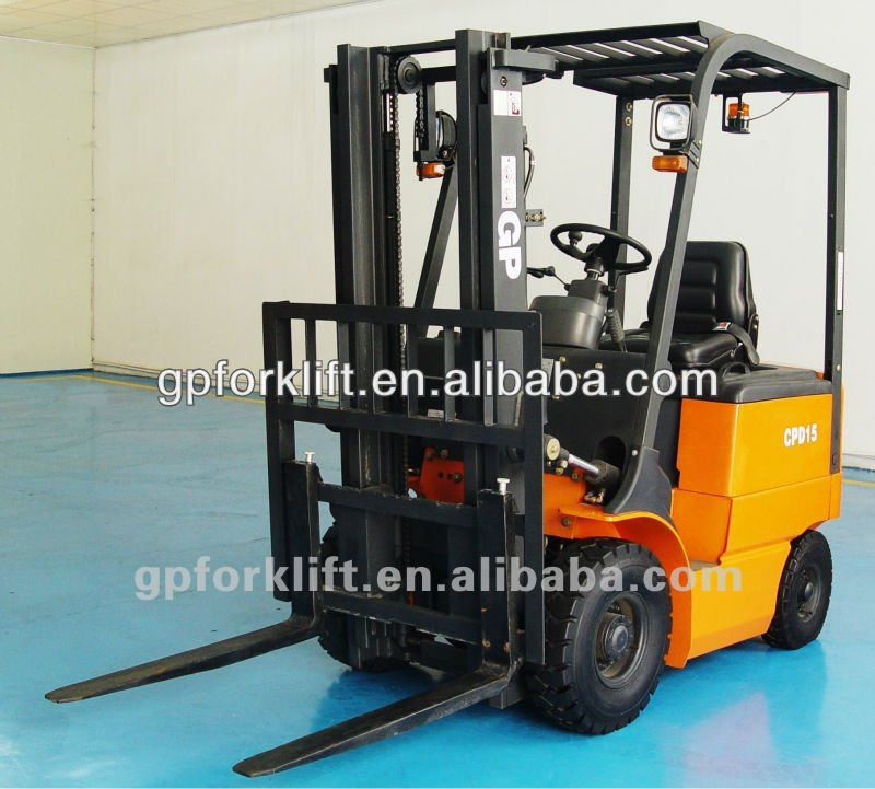 small size battery forklift with 3-stage mast, lifting height 4 meters