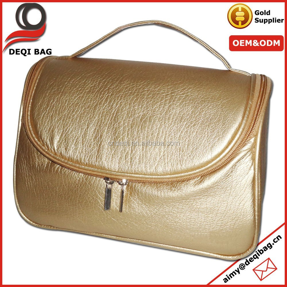 Promotional Wholesale Luxury Gold Big Capacity Travel Cosmetic Bag