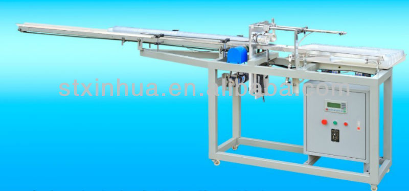 Automatic plastic cup counting machine