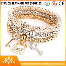 Fashion gold key bracelet model wholesale