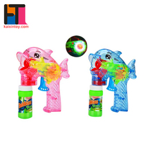 10221063 EN71 Approval Friction Function Pink and blue colour bubble gun with light