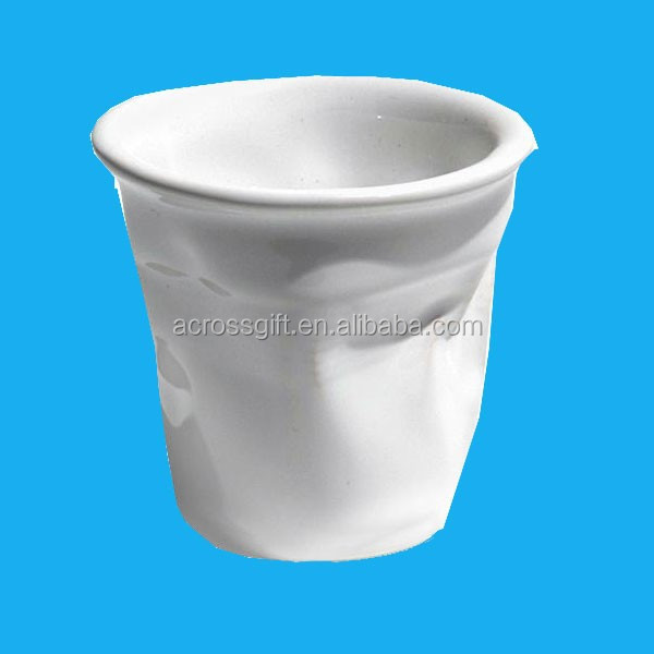 White ceramic crinkle coffee cup