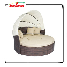 Round Retractable Wicker Rattan Daybed Sofa With Canopy