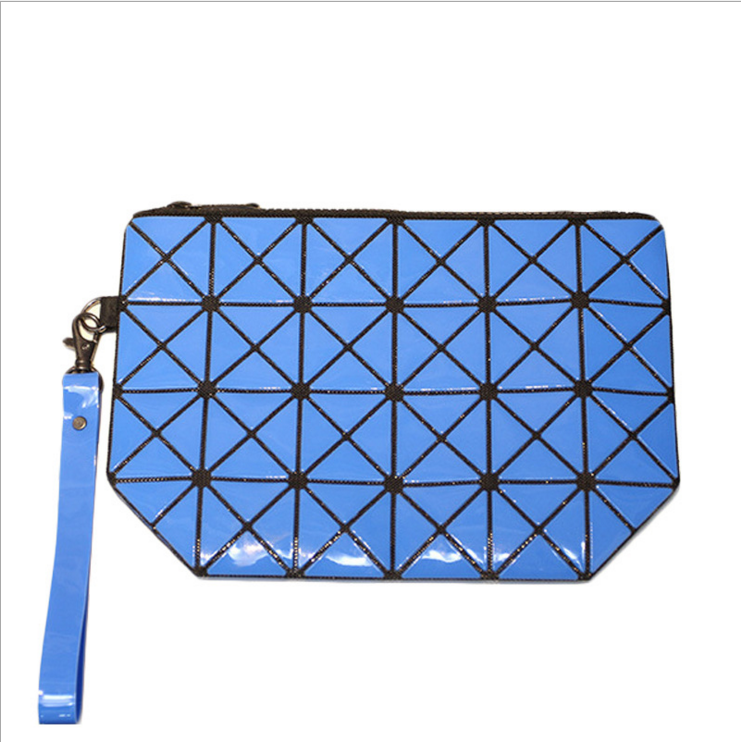 Grid style Alibaba wholesale pu travel cosmetic bag rhombic geometry makeup bag with Handle