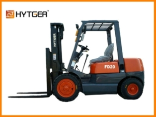 German quality, easy affordable 2000kg diesel forklift FD20T semi truck forklift