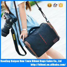 Hot selling durable canvas waterproof camera bag messenger bag made in China
