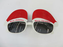 2014 The most popular latest fashion sunglasses with christmas cap