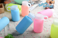 Jelly color silicone case borosilicate glass water bottle