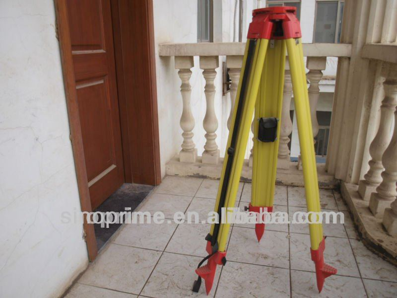 land surveying:Wooden suvey tripod