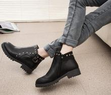 Manufacture selling high quality new design women shoes fashion winter warm rough heels rivet elegant ladies shoes