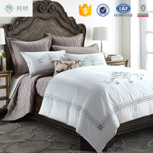 100% egyptian cotton embroidery pattern 4 pcs hotel bedding set bed linen
