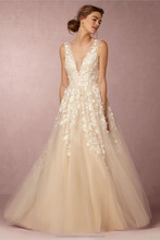 Latest Gowns Alibaba Elegant V Neck Flowers Champage White A Line Wedding Dresses Vestidos de Novia wtih Pearls LW253B
