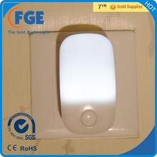 Plug in LED Night Light with Smart ON/OFF Sensor, Wall Night Light, Won't Cover 2nd Outlet,