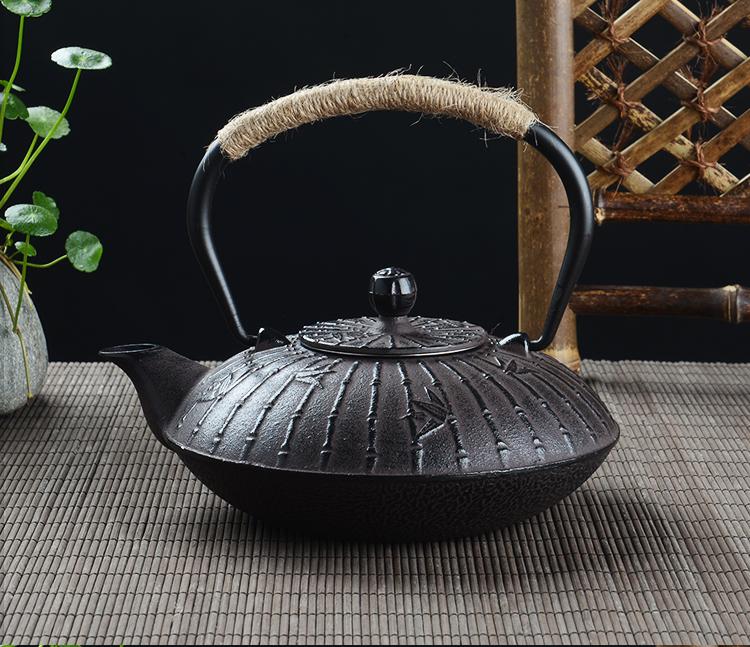 Théière en fonte 900ml décor bambou | oko-oko