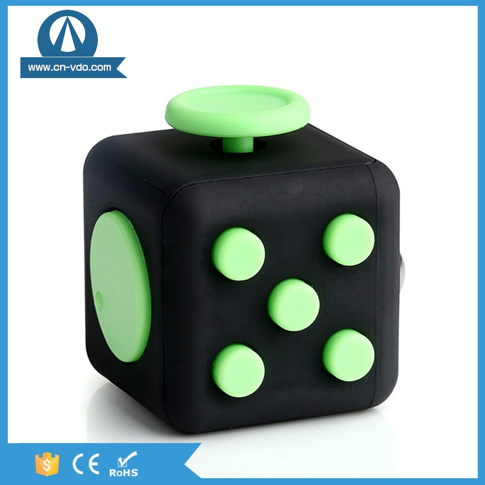 2017 new arrival CE Fidget cube is 6 sides magic cube from China factory