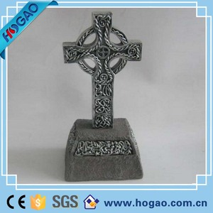 Cheap unique handmade resin religious wall cross for home decor
