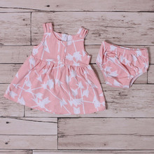 Baby Soft Cotton Frock picture Baby pink Bloomer Newborn Girl Clothes Gift Set