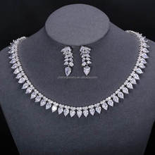 gemstones hong kong traditional stone studded necklace set New Products White Stone Necklace Set