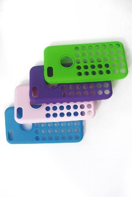 TPU Phone Cover with circular hole design for Iphone5C