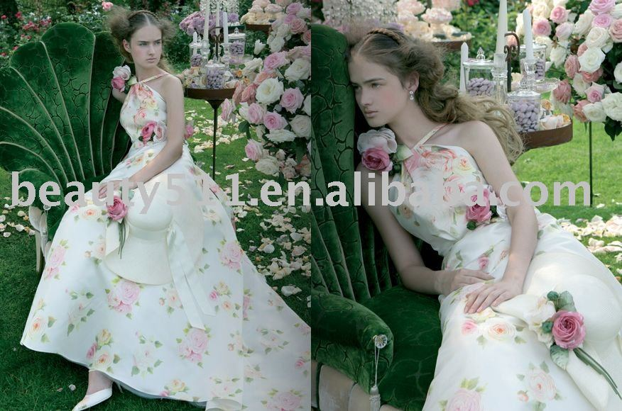 Hot Sale 2015 Pastoral style Embroidered Flowers Halter wedding dress WDAH0107