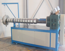 plastic-wire drawing machine