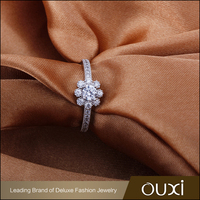 Silver Jewelry OUXI Fashion Simple Design Beautiful Ring