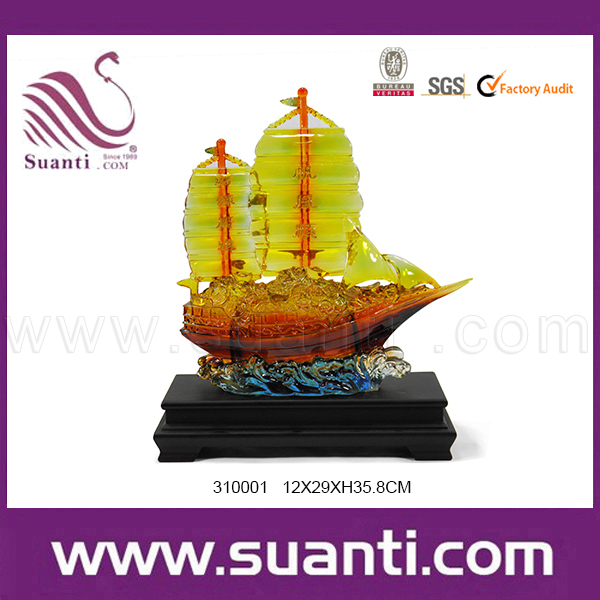 Lucky figurine resin fengshui sailing boat sculpture
