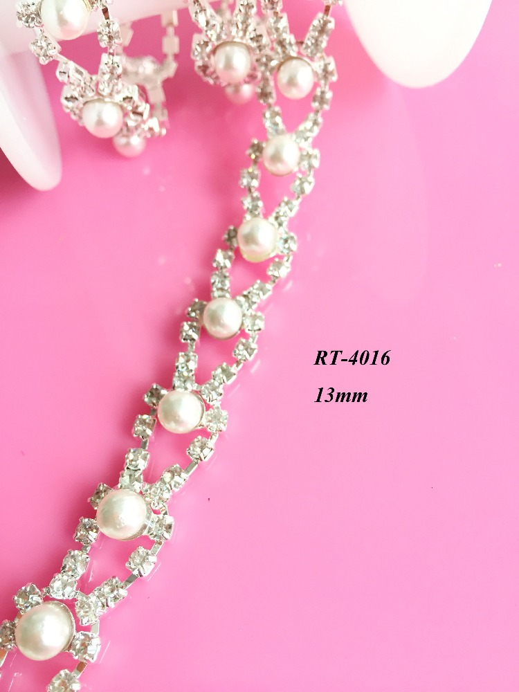 New arrival High quality fashion garment rhinestone with pearl cup chain (RT-4016)
