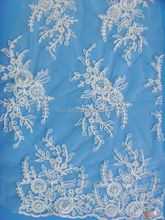 Beautiful Flower Design African French Lace Fabric For Wedding Dress In white color