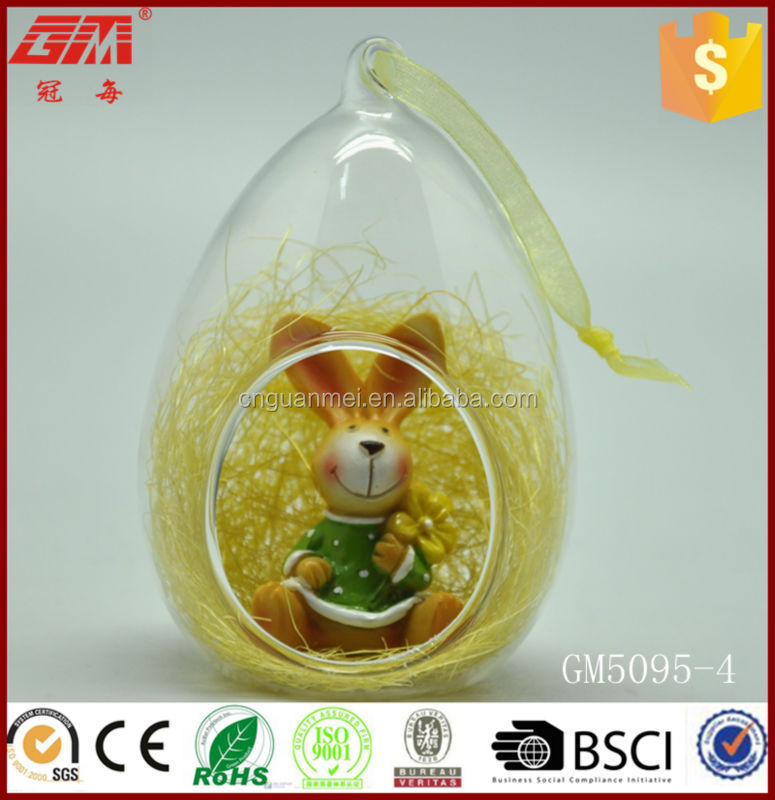 factory wholesale cheap glass ornament with resin figurines inside