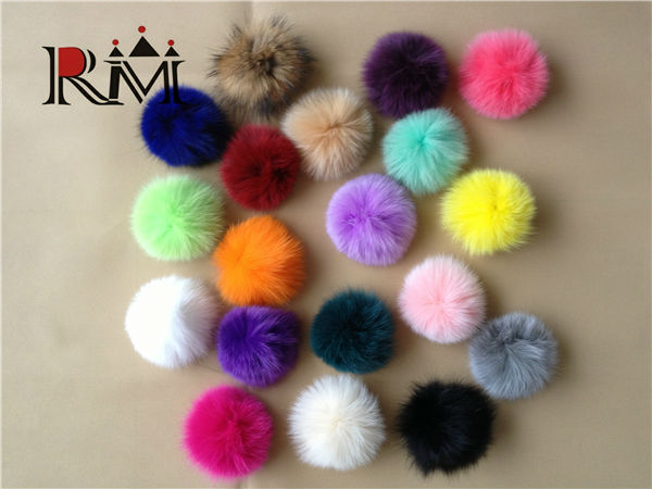2014 Fashion dyed 100% real fox fur pom poms wholesale