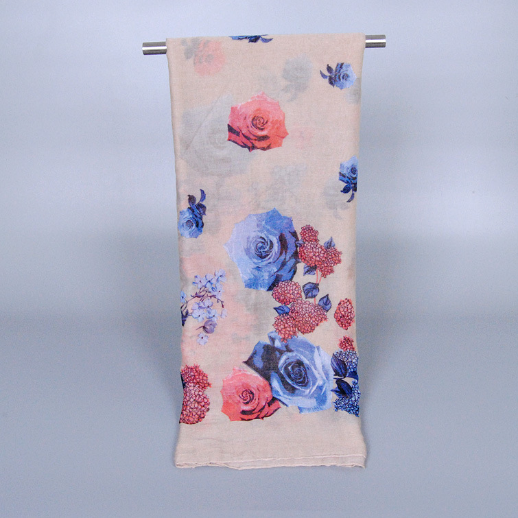 Cheap wholesale new fashion Bali yarn with large flower and large size scarf for light and comfortable muslim hijab