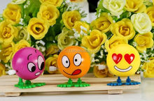 plastic wind up toys,new good toys for babies,emoji wind up toys for kids