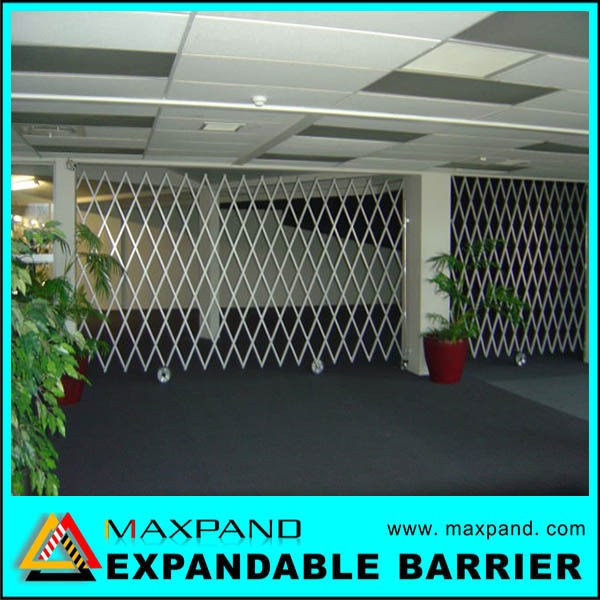 Steel Door Safety Expandable Portable Retractable Gate