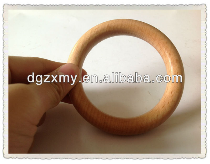 various sizes wooden circle