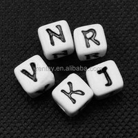 Wholesale Loose Cheap Spacer Cube Fashion Jewelry Acrylic Letter 12MM Alphabet Beads