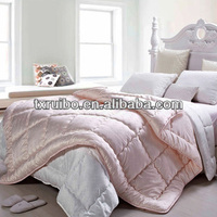 2015 new design bed sets china supplier bedding set silk quilt 100%silk made in china