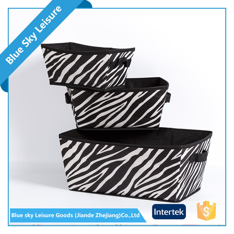 Small Portable PET Nonwoven Fabric Waterproof Foldable Doll Storage Box