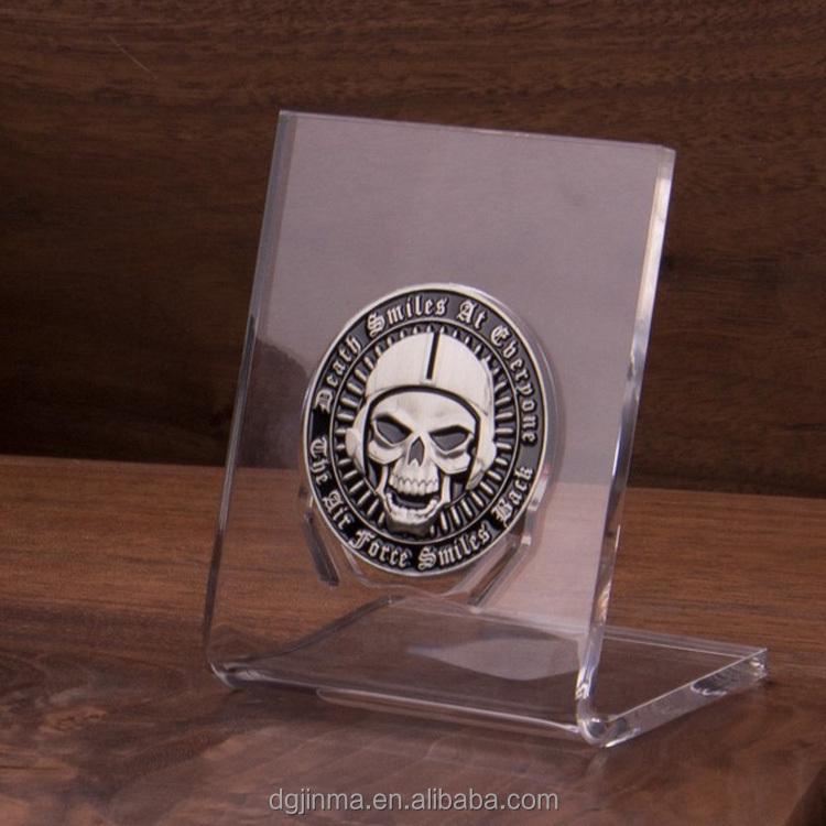 fashion custom design acrylic coin display stand