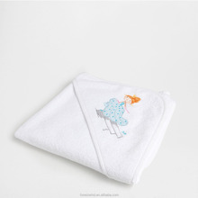 100% Organic Cotton Soft Embroidery Baby Hooded Towel