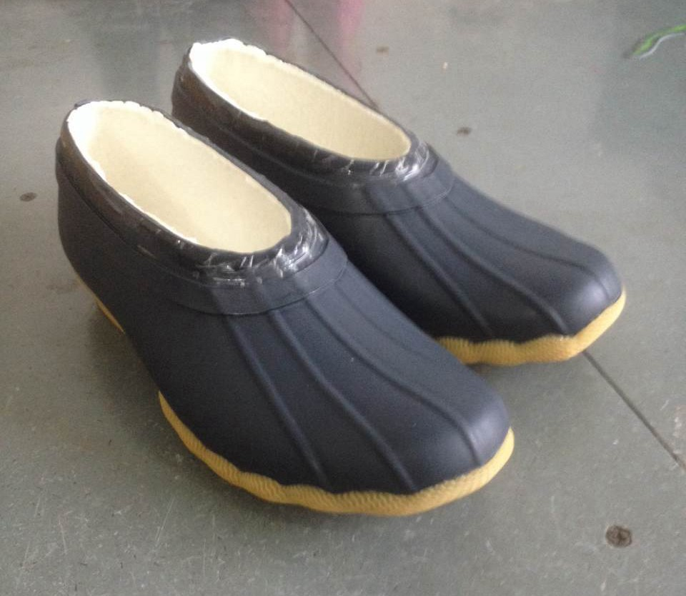 Stop ruining your favorite pairs of shoes or boots in snow and slush by wearing a pair of galoshes. Made from durable rubber, galoshes are sturdy, and they can last for years. Many models have a pull-tab at the back that allows you to put them on and take them off with ease.