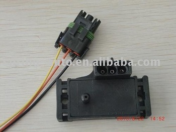 gm12223861 3 bar map sensor with plug Chip from Germany
