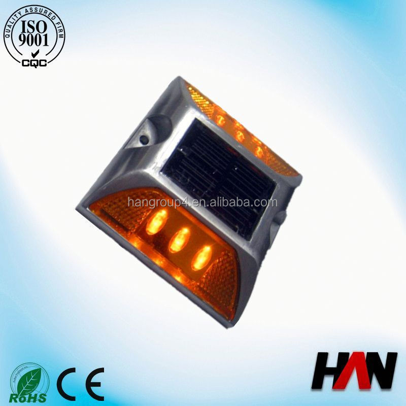 Cast Aluminium LED Solar Chinese Garden Light